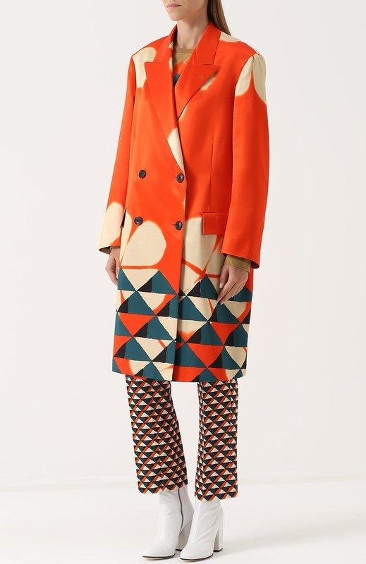 Оранжевое двубортное пальто оверсайз с геометрическим принтом