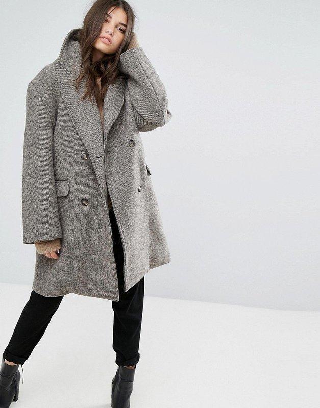 Серое пальто оверсайз средней длины