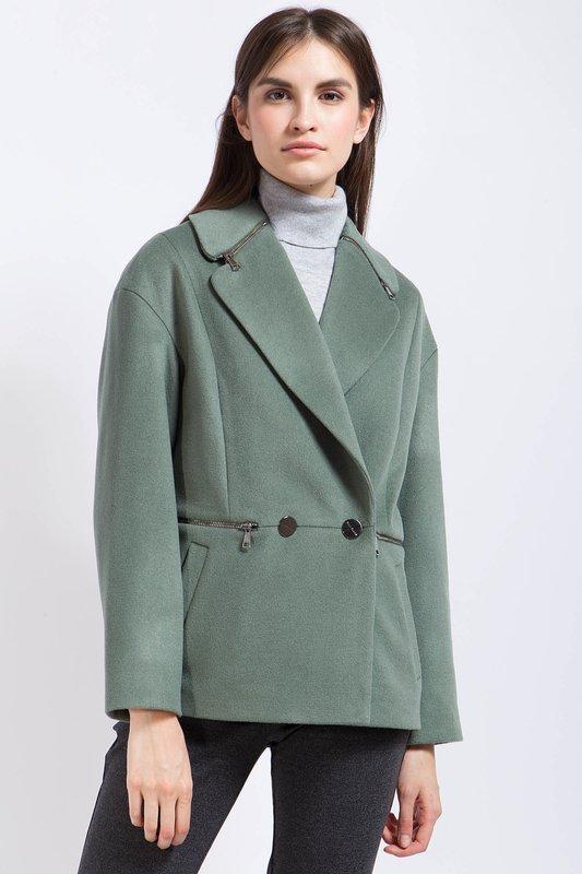 Пальто-пиджак зеленоватого оттенка