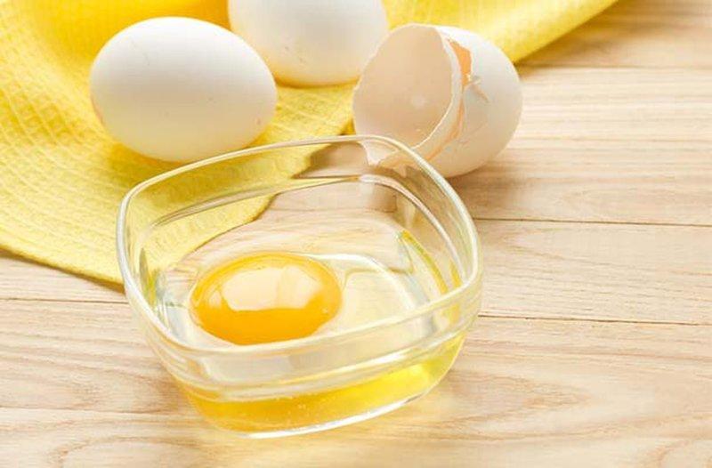 Яйца для приготовления очищающей маски
