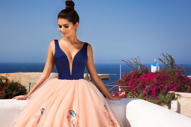 Красивые вечерние платья на свадьбу  фото