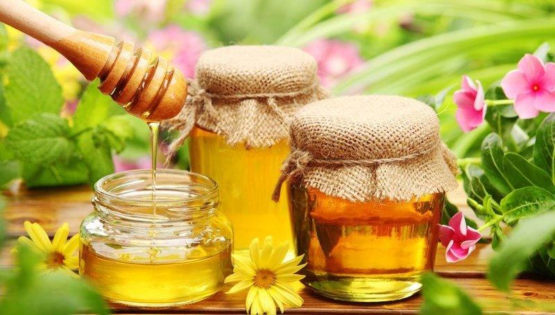 Мед применяется для лечения многих заболеваний