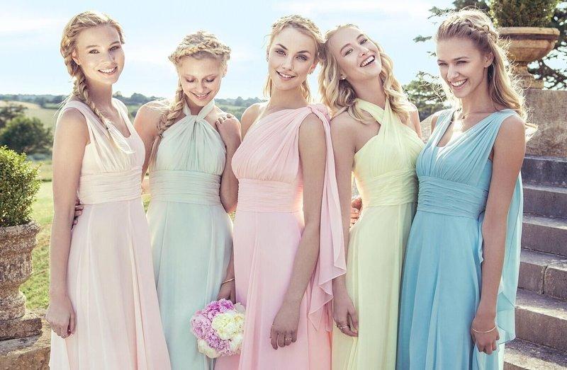 Варианты воздушных платьев на свадьбу