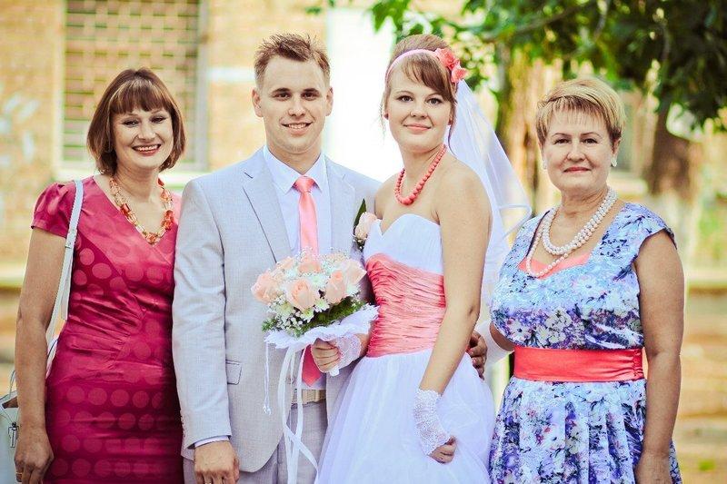 Платья на свадьбу для мам