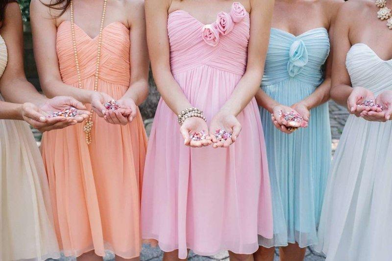 Цвета платьев для свадьбы