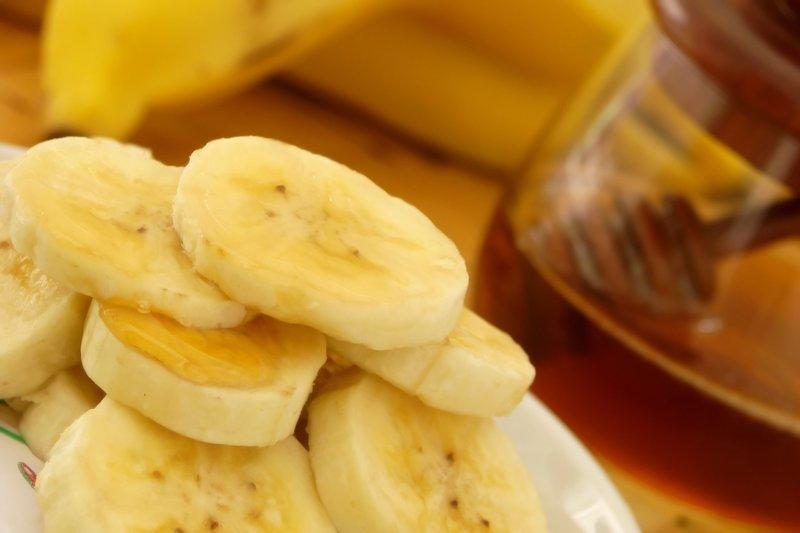 Ингредиенты для маски с медом и бананом