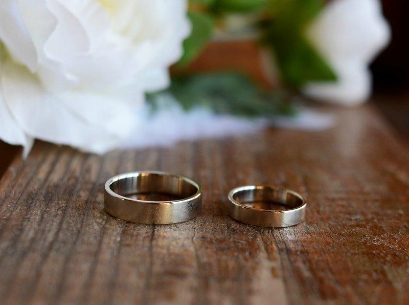 Кольца бочонок из белого золота