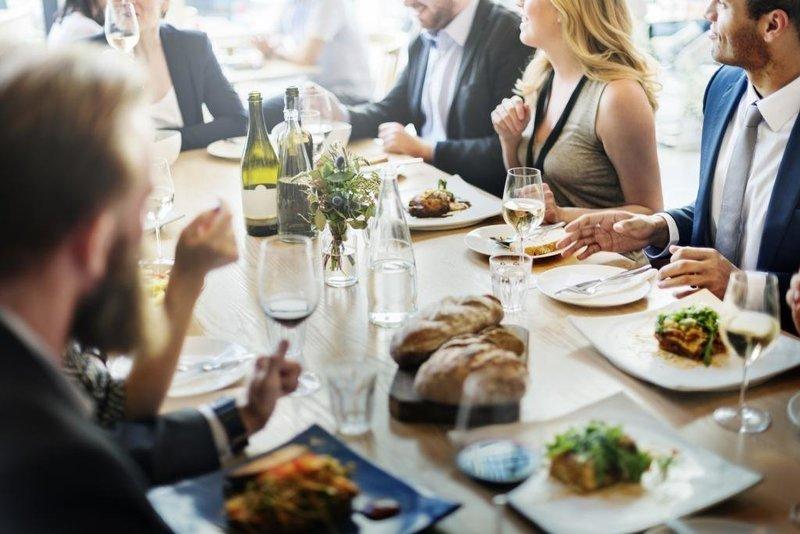 Хорошие манеры за столом