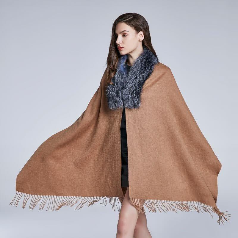 Выпуск шарфа на пальто