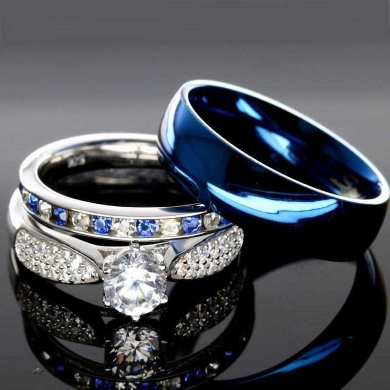 Обручальные кольца с синей эмалью