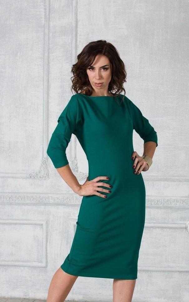 Изумрудное офисное платье