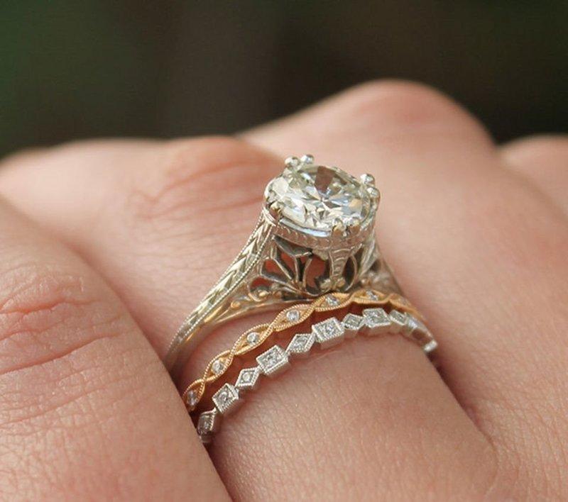 Винтажные изделия для невесты