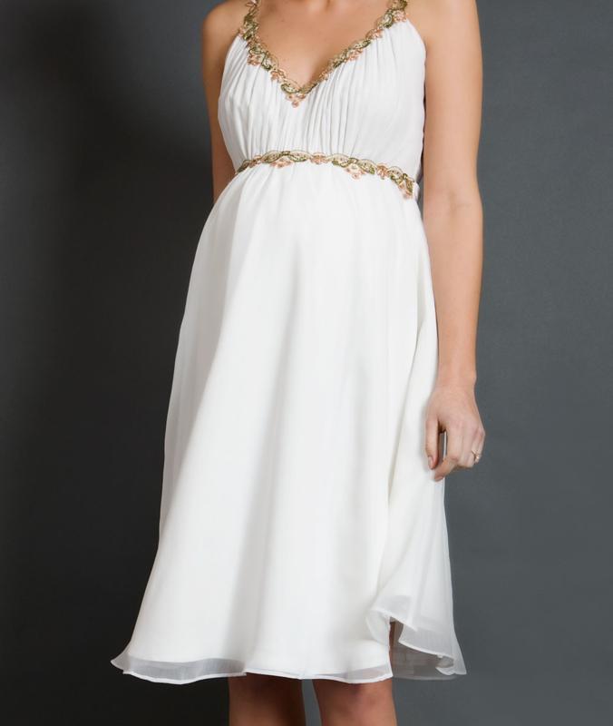 Беременная в греческом коротком платье