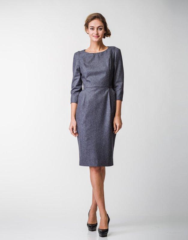 Серое офисное платье