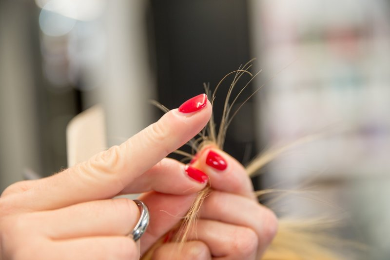 Причины сечения волос