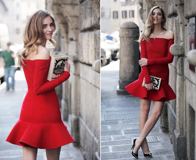 Вечернее платье в красном оттенке