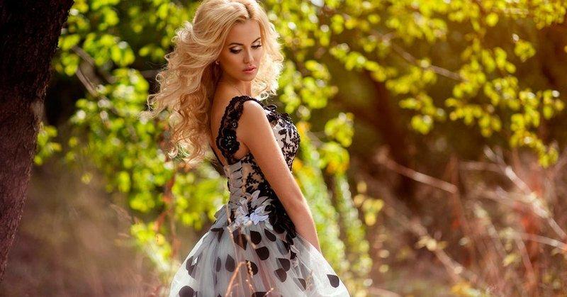 Как выбрать короткое вечернее платье?