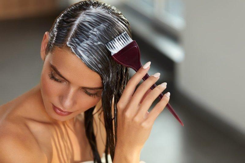 Маска с добавлением прополиса останавливает процесс выпадения волос
