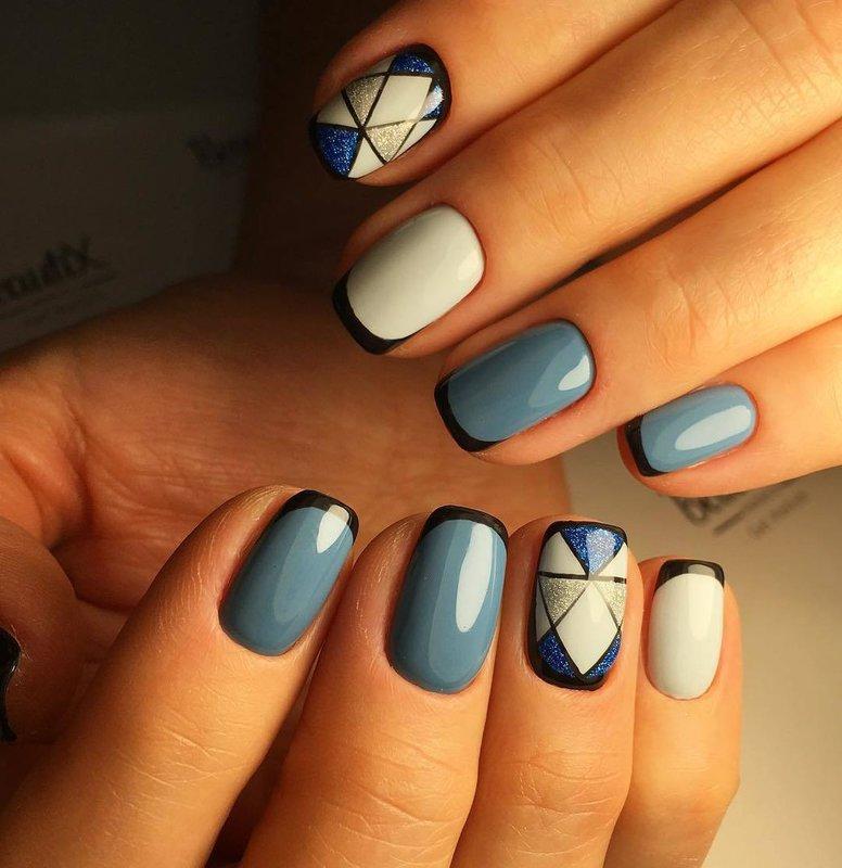 Геометрический дизайн на ногтях гель-лаком