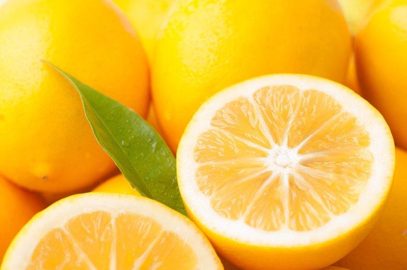 Лимонный спрей для роста волос