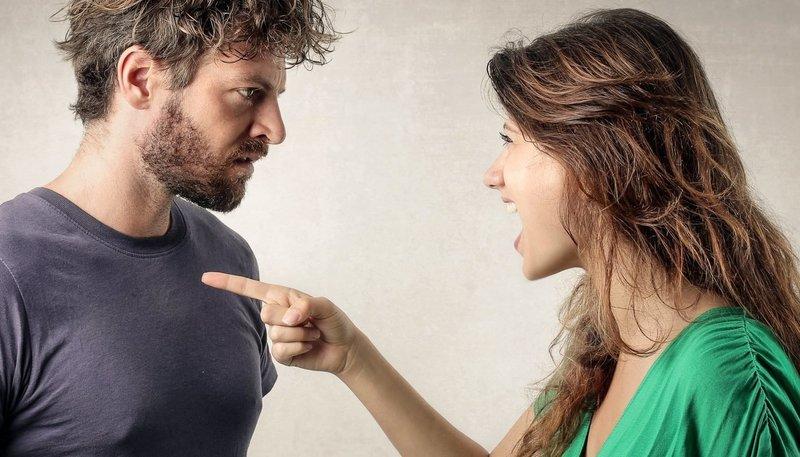 Ошибка номер два: обвинять мужчину во всех грехах