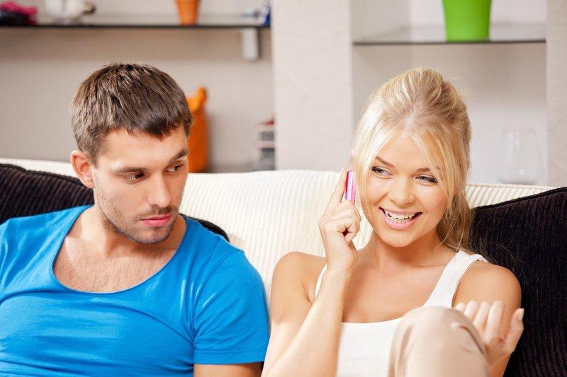 Способы вызвать ревность у парня