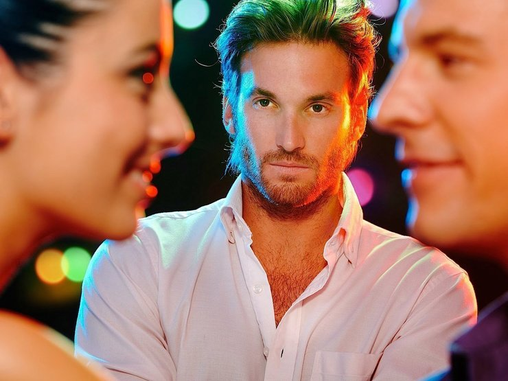 Пять способов вызвать ревность у парня