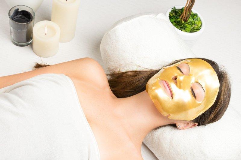 Золотистая коллагеновая маска для лица
