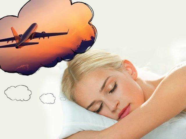 Что означает летать на самолете во сне