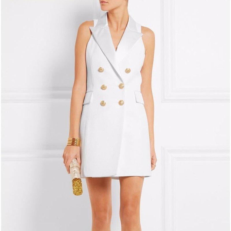 Белое платье офисного стиля