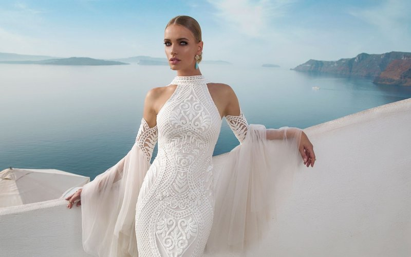 Сексуальное вечернее белое платье