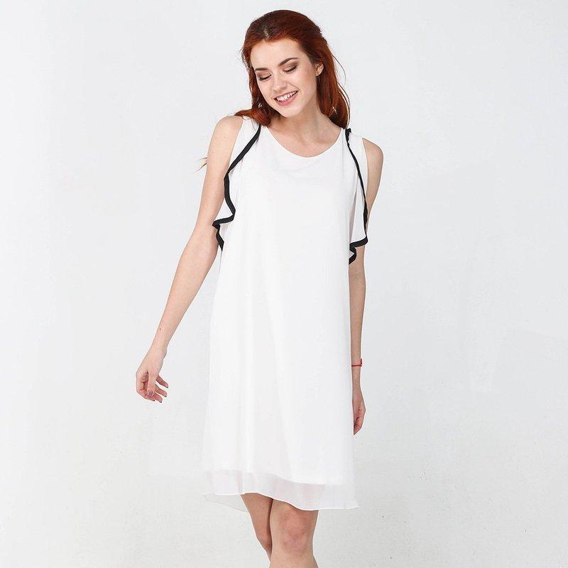 Повседневное белое платье