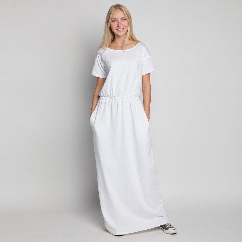 Свободный силуэт белого платья