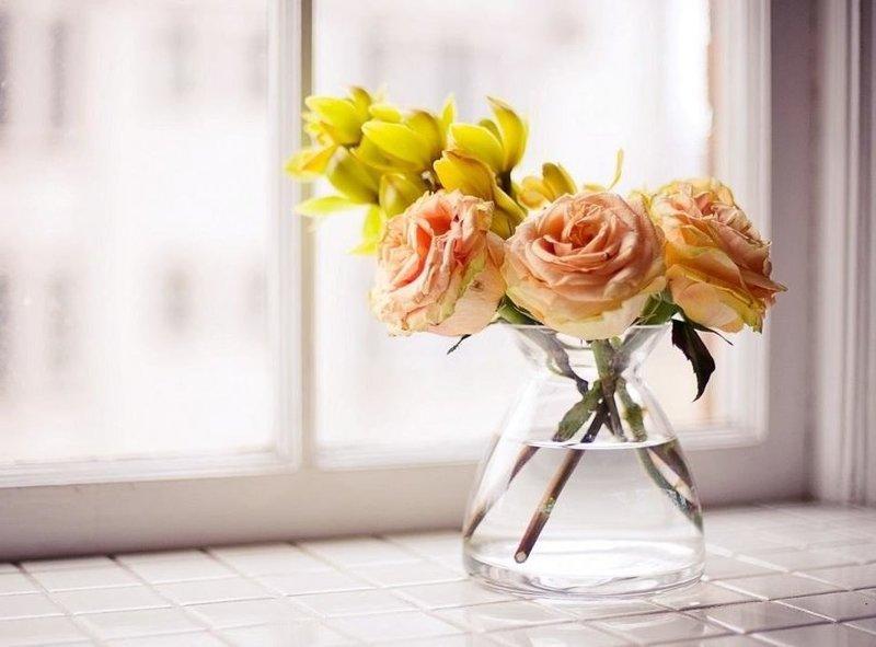 Цветы в вазе во сне