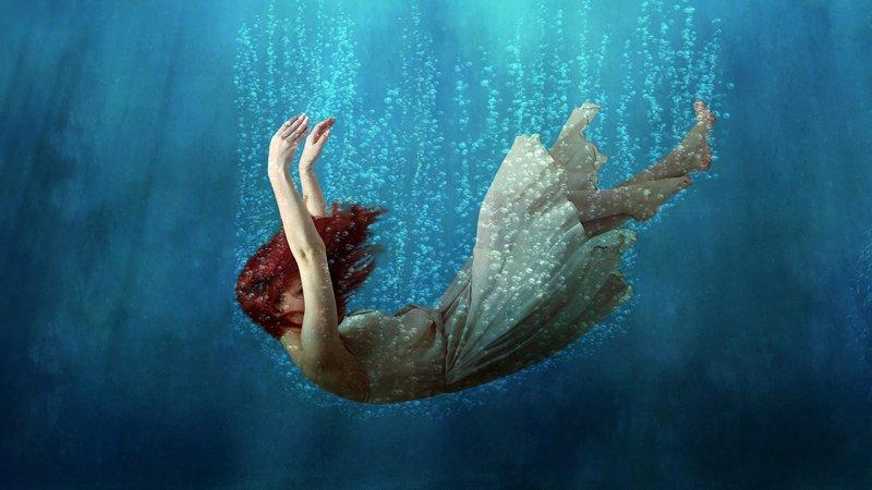 Плаванье под водой во сне