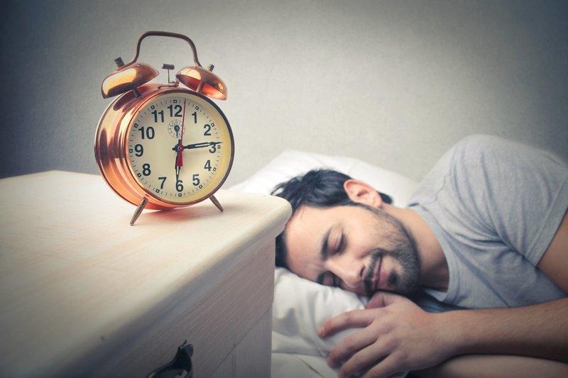 Часы в мужском сне