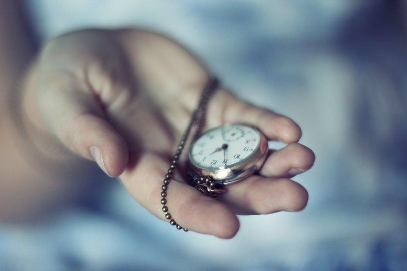 Передача часов