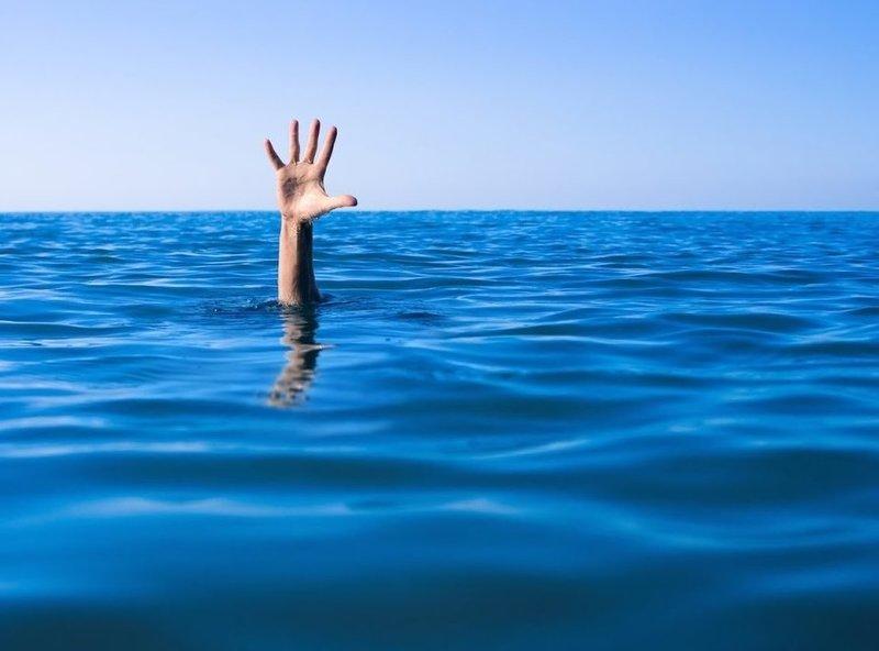 Действия человека во время сна о потопе