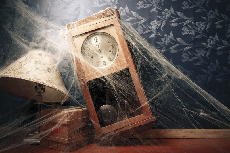 Старые забытые часы