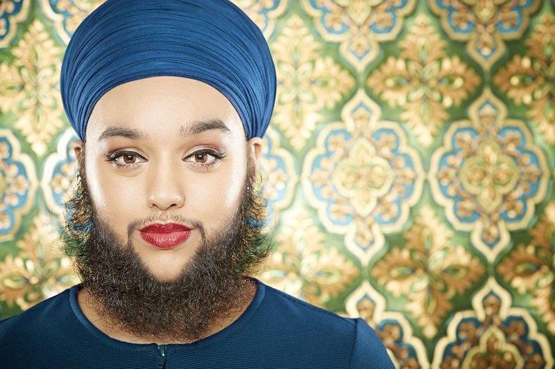 Борода у женщины во сне
