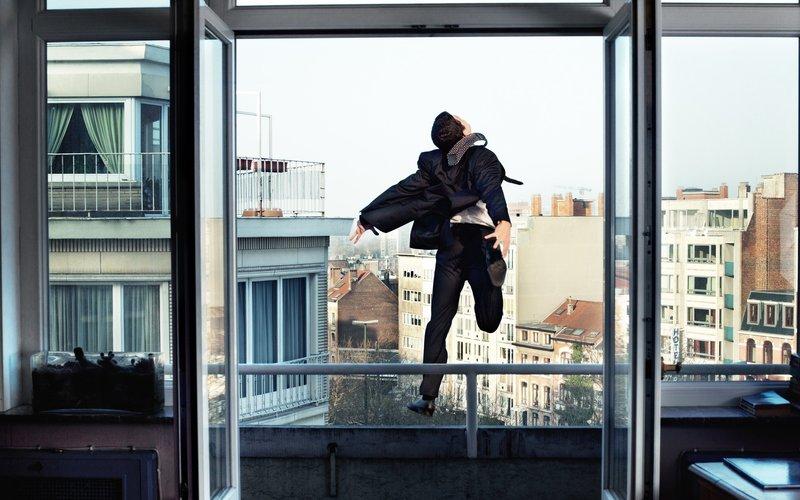Прыжок из окна во сне