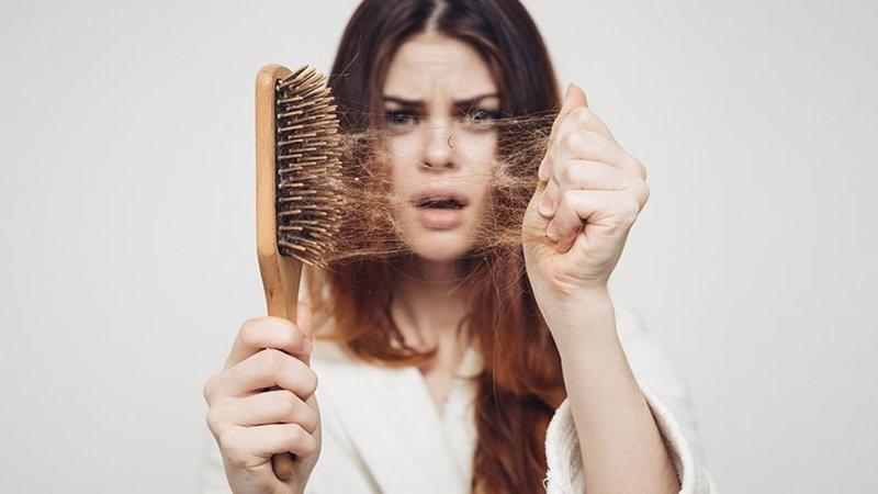 Выпадение волос по сонникам