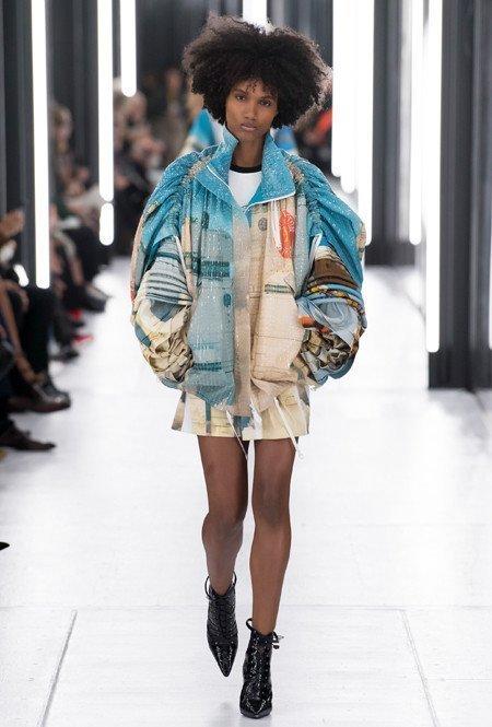 Louis Vuitton - многослойность и объёмные рукава