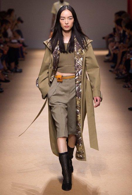 Деловой походный стиль и бермуды от Salvatore Ferragamo
