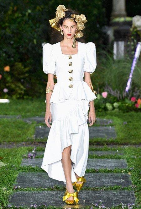 Платье с рукавами-буфами от Brock Collection