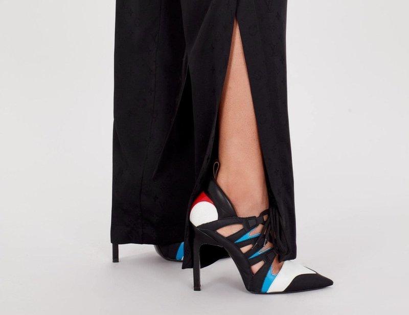 Тренд брюки с разрезом
