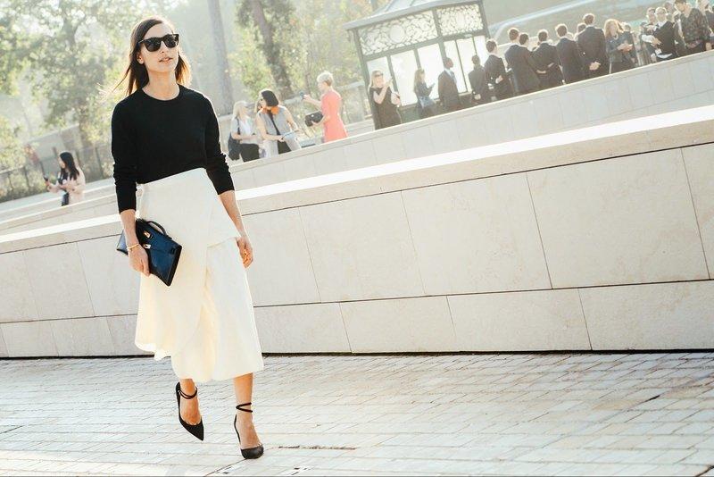 Молочный оттенок юбки
