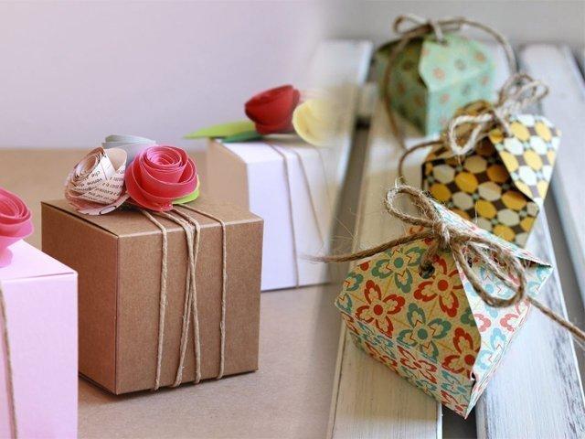 kak-sdelati-korobku-iz-bumagi Как сделать подарочную коробочку из бумаги своими руками: шаблоны, схемы и поэтапные мастер-классы