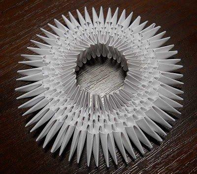 Как сделать из бумаги лебедя: поэтапно