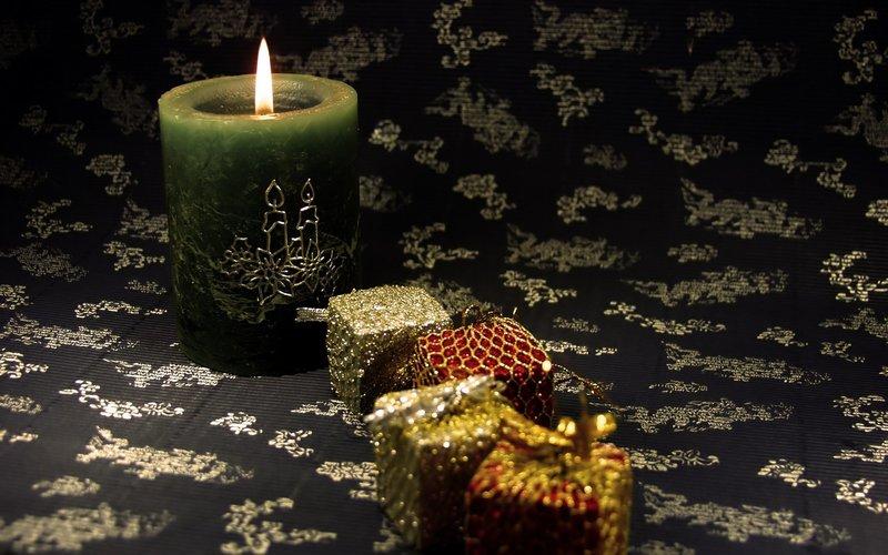Заговор на долги на свечу
